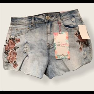 ALMOST FAMOUS/ HIGH RISE SHORTS